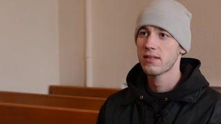 Затрыманы Павал Фадзееў у судзе І Задержанный Павел Фадеев в суде