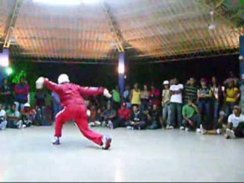 Download Electro Boogie(Competencia realizada en Republica Dominicana) Part 1 enero 2009