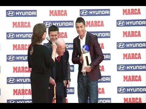 Cristiano Ronaldo receives Di Stéfano Trophy