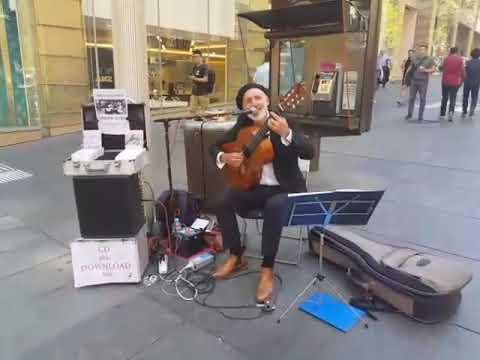 WHITE MAN SINGING JUGNI JI