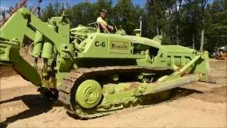 Repeat youtube video Euclid C-6 Dozer Ripping Rock