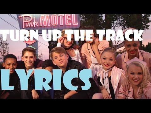 MattyB - Turn Up The Track (Lyrics)