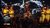 Bilderbuch - Softdrink feat. Dendemann live | NEO MAGAZIN ROYALE mit Jan Böhmermann - ZDFneo
