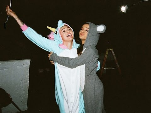 "Miley Cyrus & Ariana Grande ""Don't Dream It's Over"" Collaboration - VIDEO"