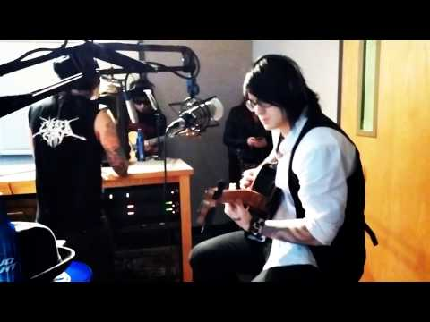 Escape The Fate Performing One For The Money live on the Donkey Show