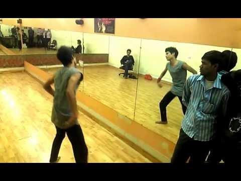 Contemporary dance on Deewana Kar Raha Hai from Raaz 3