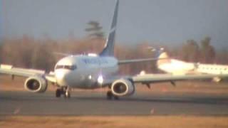 WestJet Boeing 737 landing at YHZ