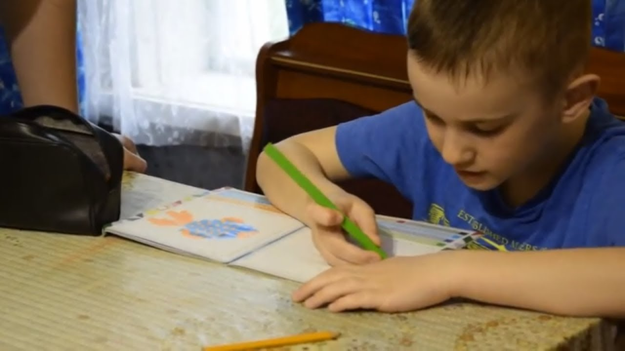 Раскраска по клеточкам. Рисуем и поем. Арсен, аутизм, 6 ...