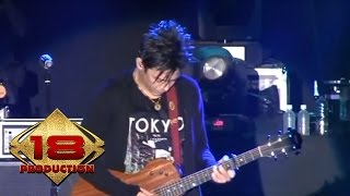Video NOAH - Mimpi Yang Sempurna  (Live Konser Karanganyar 21 November 2013) download MP3, 3GP, MP4, WEBM, AVI, FLV Desember 2017