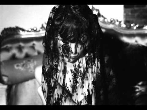 Crystal Castles - Baptism (Dead Fe†us Remix)