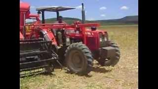 Trator Massey 283 4x4 com colhedeira JM ...