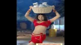 Abhinaya Sri y In Red Navel.