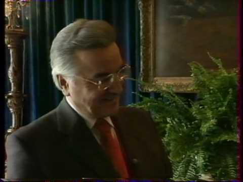 Michel Weber officiant de cérémonies laïques
