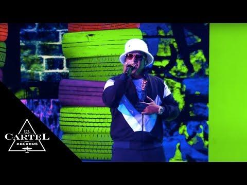 Daddy Yankee - Dura | En Vivo - Premios Lo Nuestro 2018