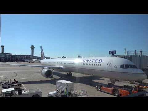UNITED AIRLINES Boeing 757-300 / Chicago O'Hare To San Francisco / 4K Video