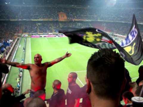 Inter-Juve 3.10.2010 Curva Nord Irr - Pazza Inter Amala Cam2