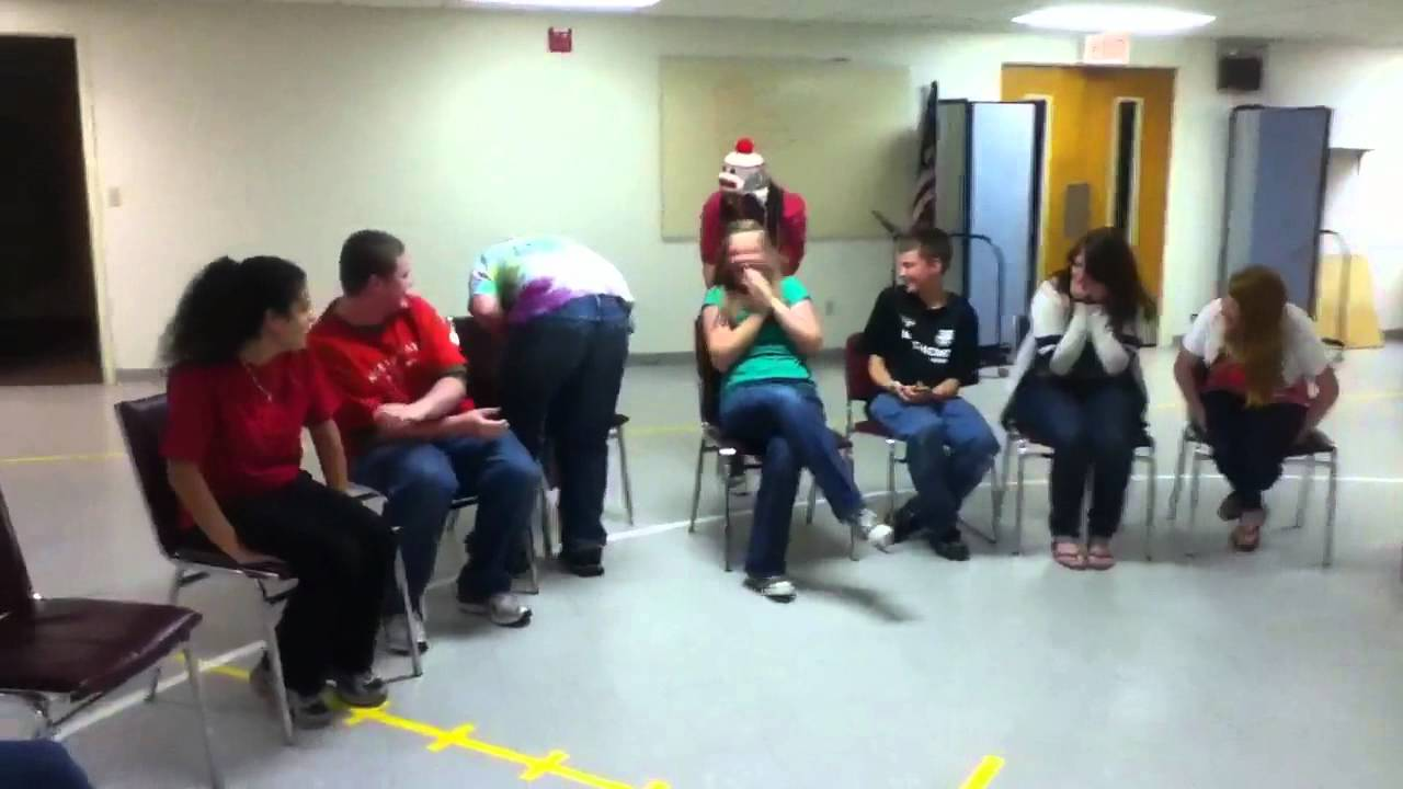 Youth Christmas Party Games