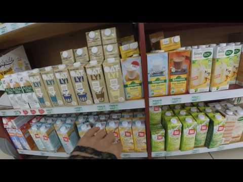 Organic shop in France: milk substitute