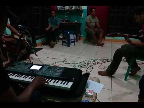 Rhoma Irama Pedih - Sesi Latihan Bersama Korg Micro Arranger