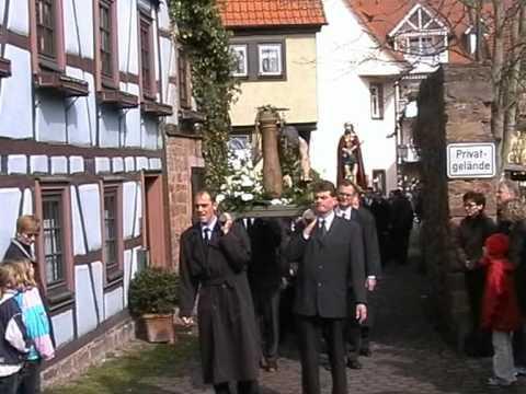 Karfreitagsprozession 2004 in lohr am main youtube for Heimbach lohr am main
