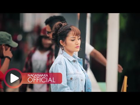 Siti Badriah - Nasib Orang Miskin (Official Music Video NAGASWARA) #music