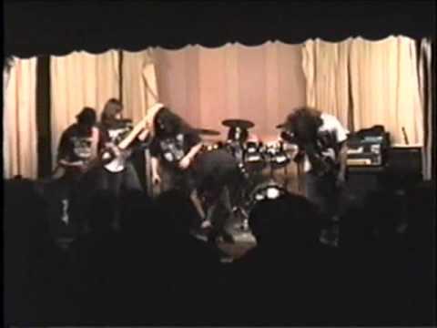 Disrupt - No One To Blame /Xenophobia (live at Torrington '91)