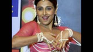 Vidya Balan Performs at 'The Dirty Picture' Music Launch