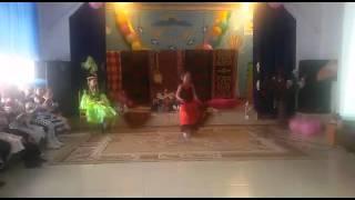 Испанский танец танцует Айгерим