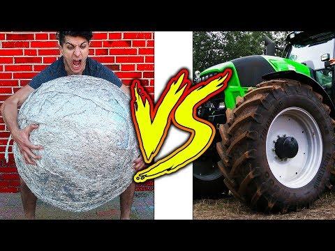 EXPERIMENT 1000 kg Traktor GEWICHT vs RIESEN Alufolien Spiegel BALL