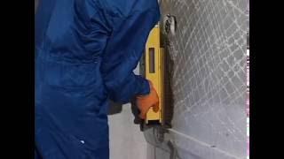11 Укладка керамической плитки на стену