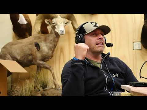 SOLO HNTR Podcast 014 Taxidermy Trade and Elephant Stories with Wayne Comstock