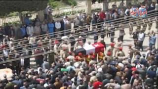 أخبار اليوم | جنازة عسكرية مهيبة لشهيد القوات المسلحة ببني سويف