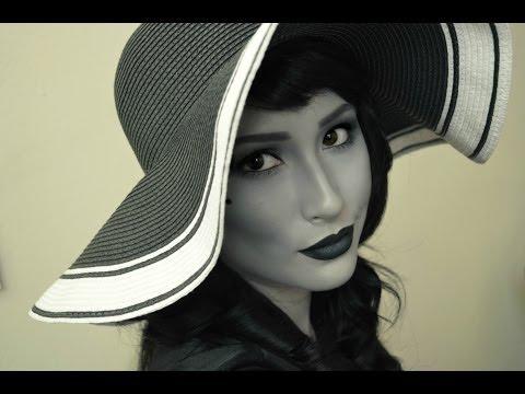 Black and White 40's Glamour Makeup Tutorial thumbnail