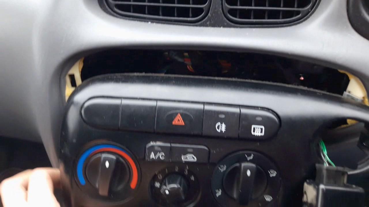Maxresdefault on 2000 Hyundai Elantra