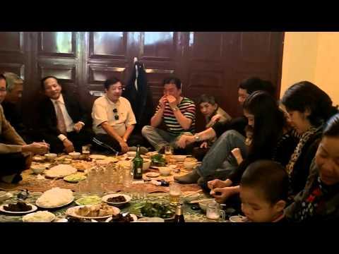 ĂN THỊT CHÓ TẠI NHÀ VIỆT 11/12/2011