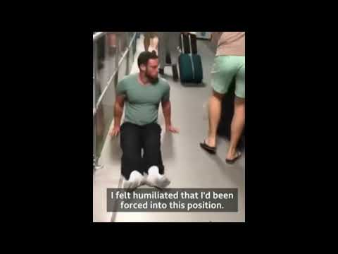 Un deportista parapléjico se arrastra por el aeropuerto porque le extraviaron su silla