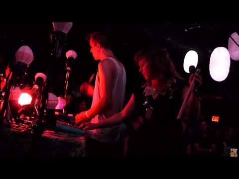 Purity Ring - Ungirthed (live @ Le Poisson Rouge 7/24/12)