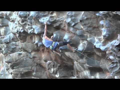 Tom Reid sending 'Screaming Insanity' (26) Mount Coolum
