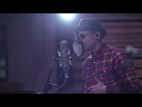 Linkin Park - Crawling Acoustic (Live Stream)