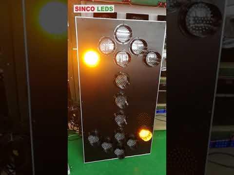 led solar arrow board  / solar traffic arrow board