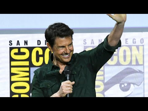 WATCH Tom Cruise&39;s Surprise Appearance at Comic-Con 2019