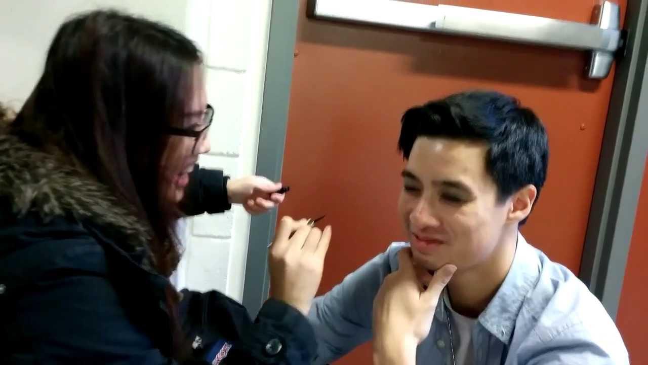 Guys Putting On Makeup - Mugeek Vidalondon-1236