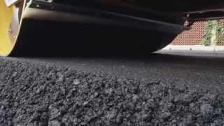 Volvo DD105 asphalt compactor: dynamic drum vibration system