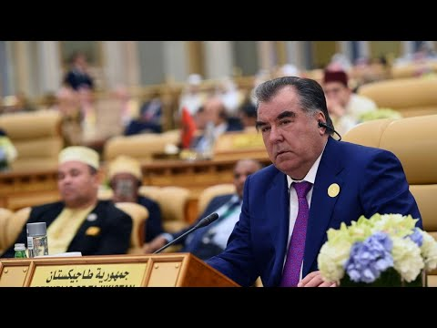 Ученые Таджикистана поддержали кандидатуру Эмомали Рахмона на пост президента