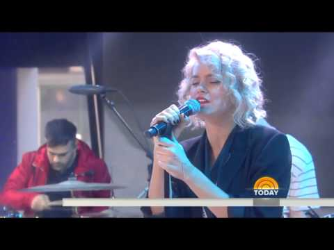 "Hillsong United Perform ""Touch The Sky"" Live on the Today Show"