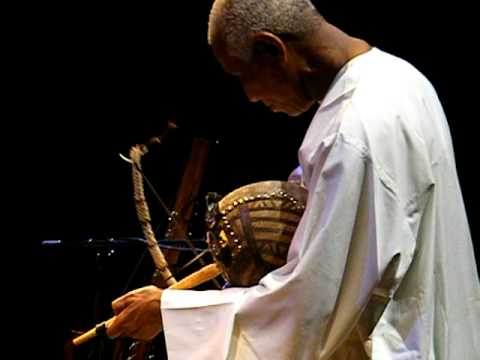 Issa Mbaye Diary Sow  -  Njahden  -  Benefit Concert CEPPE (Dakar) 12/14, Ghent 19.3.10