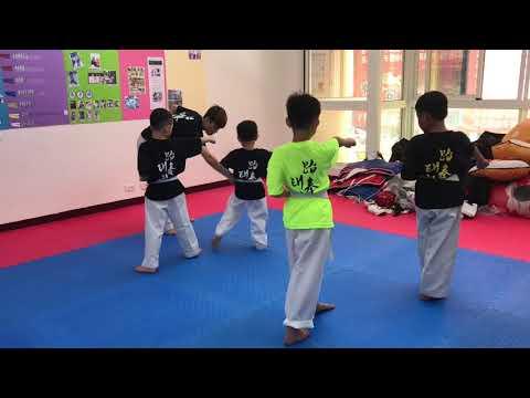 [跆拳道]太極一章詳細分解版Part2/12-18動作 - YouTube