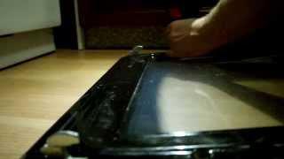 Разборка дверцы духовки Gorenje и снятие петель(Снять петли петли, посмотреть-проверить их работоспособность., 2015-01-09T22:55:05.000Z)