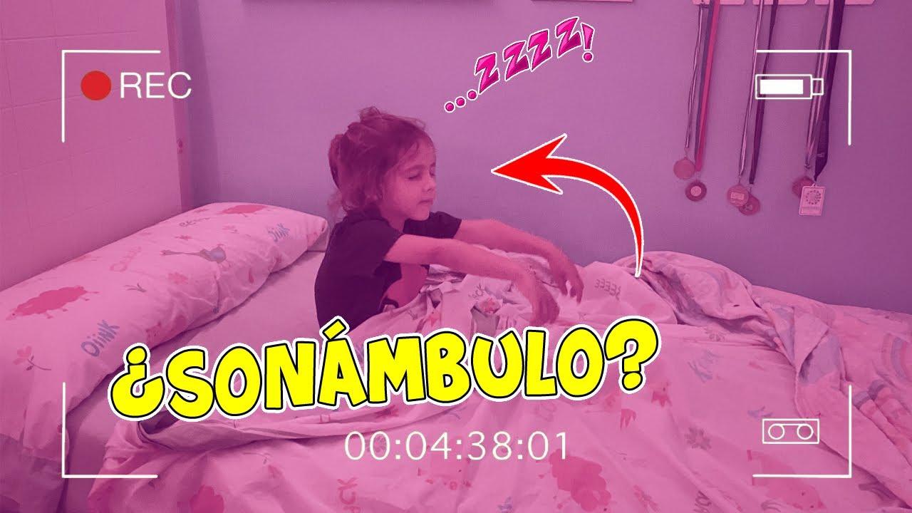 DYLAN SE DESPIERTA SONÁMBULO Y LO GRABAMOS TODO CON CÁMARA OCULTA | Familia Amiguindy
