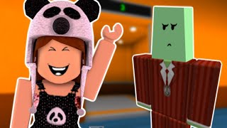 I WAS CHOSEN IN THE CRAZY ELEVATOR! Roblox
